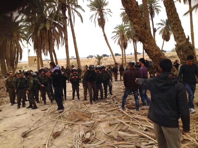 Ein Hijleh : l'armée israélienne s'apprête à entrer dans le village  / photo: Palestinian Popular Struggle Coordination committee]